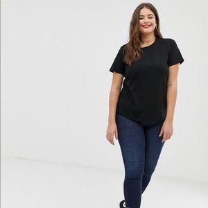 NWOT Basic ASOS Curve T-shirt size 26, like 4X